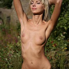 Outdoor blond.